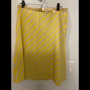 Mid length skirt yellow white and gold sequin